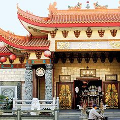 Getaway to L.A.'s Chinatown   Get cultured   Sunset.com