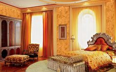 Golden Effects on Venetian Plaster