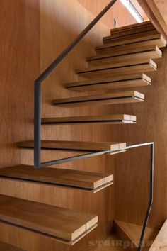 super ideas for floating stairs design railings Cantilever Stairs, Staircase Handrail, Open Staircase, Staircase Remodel, Stair Railing, Staircase Design, Handrail Ideas, Staircase Ideas, Staircases