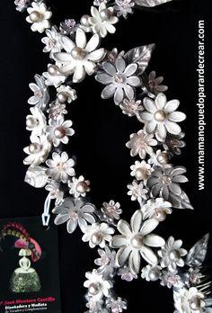 Mama no puedo parar de crear ® TOCADO REALIZADO EN PORCELANA. EXCLUSIVO  perlas naturales y cristales checos