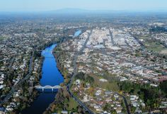 Hamilton, New Zealand One of the highlights of ARCA's Certificate program each summer is a course taught by Judge Arthur Tompkins. New Zealand Accommodation, Hamilton New Zealand, Develop Pictures, Canon 80d, Best Photographers, Tasmania, The Locals, Grand Canyon, The Good Place