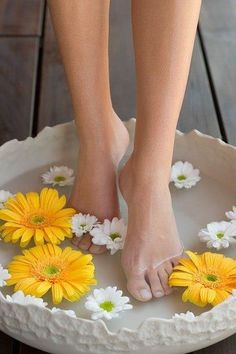 -Floral foot bath.<3