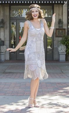 Roaring twenties, Great Gatsby, prohibition 1920s themed bridesmaid dresses in long and short, fancy or simple designs perfect for the whole bridal party.