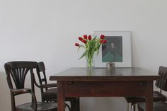 Essbereich / Minimalistic 19th century apartment with vintage details: dining room area