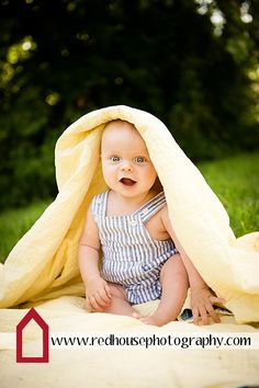 6 Month Old Baby | Copyright 2012 Jonna Nixon/Red House Photography