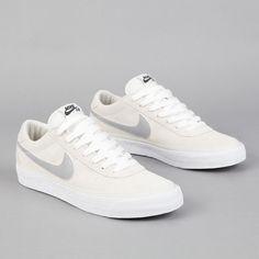 Nike SB Bruin Swan - Matte Silver - White