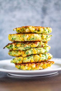 Healthy Snacks 328833210295268002 - Zucchini and Corn Fritters Source by Vegetable Dishes, Vegetable Recipes, Vegetarian Recipes, Cooking Recipes, Healthy Recipes, Vegetable Pancakes, Bariatric Recipes, Corn Fritter Recipes, Corn Recipes