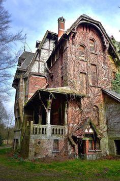 www.gert-bakker.nl - Urbex 40 - Chateau Nottebohm, België, maart 2014