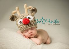 Download PDF crochet pattern 023 Reindeer von BeezyMomsCreations, $4.95