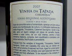 Vinha da Tapada - Também tive o privilégio de conhecer a dona da vinha. Meio sonsa! Cuidado ao presentear uma amiga com esse vinho. Ela pode se ofender! Mas talvez ela nem entenda….- Saiba mais sobre nomes estranhos de vinhos portugueses em http://viagensecuriosidades.com/nomes-estranhos-de-vinhos-portugueses/ #vinhos