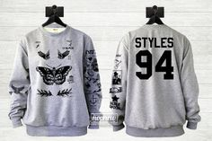 Harry-Stile Tätowierung Sweatshirt Pullover Crew Neck Shirt ADD Stile 94 in Back – Größe S M L XL