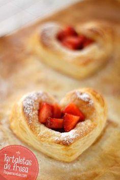 Tartaletas de fresas , Tartaletas de fresa. Estas tartaletas de hojaldre os van a gustar mucho porque son muy fáciles y perfectas para cualquier celebración. Cómo hacer tartaletas de fresa paso a paso.