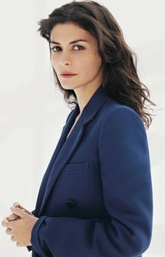 Picture of Audrey Tautou Audrey Tautou, Beauty Forever, Hair Heaven, French Beauty, French Actress, Brunette Beauty, Business Dresses, Gal Gadot, Celebs