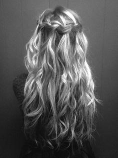 Waterfall braid with long waves
