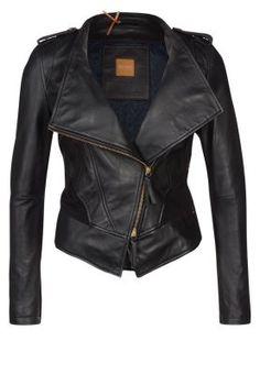 19caf4ff6eead Najlepsze obrazy na tablicy leather jackets (71)