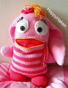 Cute Crochet, Crotchet, Crochet Dolls, Crochet Hats, Crochet Ideas, Plastic Bag Crochet, Mug Cozy, Amigurumi Toys, Kids Bags