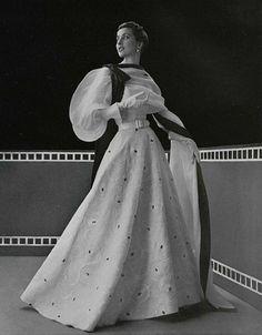 Hubert de Givenchy evening gown, 1953