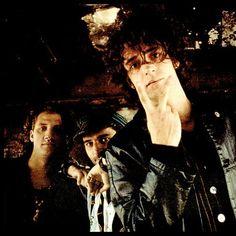 FyeahSodaStereo es un blog dedicado a Soda Stereo (Gustavo Cerati, Zeta Bosio, y Charly Alberti) y... Soda Stereo, Good Music, My Music, Zeta Bosio, Rock And Roll, Rock Argentino, Marc Bolan, Perfect Love, Post Punk