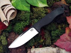 Bark River STS-4 Black Blade - Black Canvas Micarta
