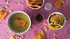 Kukuřičná polévka se zapečeným nachos