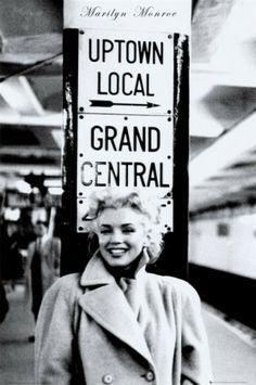 Marilyn Monroe - Grand Central Station Poster