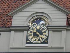 Clock Oude Bornhof, Zutphen, The Netherlands - Lucien Kivit