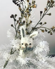 Instagram Needle Felted Animals, Needle Felting, Christmas Bunny, Christmas Decorations, Homemade, Artist, Cute, Flowers, Plants