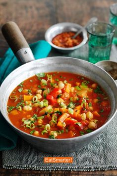Looking for a bold flavoured stew recipe? Try our Chickpea, Butternut Squash and Tomato Stew. This delicious hearty soup features the sweetness of butternut squash and a hint of heat. Easy Casserole Recipes For Dinner Beef, Vegetarian Recipes Easy, Healthy Dinner Recipes, Easy Recipes, Basil Pasta Sauce, Soup Kitchen, Eat Smarter, Healthy Soup, Soups And Stews