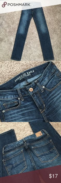 "American Eagle skinny Jeans💖 It has hole( pix4) easy fix with dark blue threads💖. Otherwise I'm perfect like new condition.   0R( inseam 32"").  Super stretch with mid rise😍. Enjoy:)💖 American Eagle Outfitters Jeans Skinny"