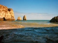 The Algarve has been voted as the best beach destination in Europe at the prestigious World travel Awards. The head of Algarve tourism Desiderio Silva traveled to Turkey where the awards ceremony for Europe was taking place and was said […] Algarve, Faro Portugal, Visit Portugal, Dream Vacations, Vacation Spots, Places Around The World, Around The Worlds, Portugal Travel Guide, Seaside Holidays
