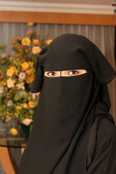 beautiful women wearing 2 layers Tie Back Niqab with NOSE STRING