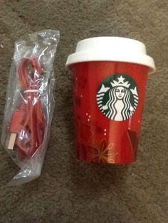 AUTHENTIC Starbucks HOLIDAY Mobile iphone Battery Back Up Charger for Android