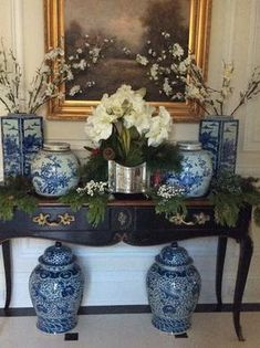 Gorgeous blue and white ginger jars and vases Blue And White China, Blue China, Christmas Decorations, Table Decorations, Holiday Decor, Enchanted Home, Chinoiserie Chic, White Vases, Ginger Jars