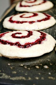 Swirl Buttermilk Pancakes These buttermilk raspberry swirl pancakes look awesome. Can't wait for my berries to start ripening.These buttermilk raspberry swirl pancakes look awesome. Can't wait for my berries to start ripening. Breakfast Desayunos, Breakfast Dishes, Breakfast Recipes, Pancake Recipes, Cooking Recipes, Breakfast Ideas, Easy Recipes, Pancake Ideas, Griddle Recipes