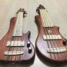 Vb custom travel  bass✔  #bass #bassguitar#bassist#bassplayer #bassplayers#bassplayersunited#bassplayerunited #custom#custombass#customguitar #luthier #luthiery#travelguitar#exerciseguitar#exercisebass#vbcustomexercisebass#workshop#notreble#luthierguitars#pocketbass#travelbass#guitarporn#bassgram#bassman#basslick#handmadebass#luthieria @b.a.s.s.p.o.r.n @bassforward @bassplayunited @bassguitarturkiye @bassguitarscales @bassplayermag @bassuniversity @bass_days  @bassplayers @bassincredible…
