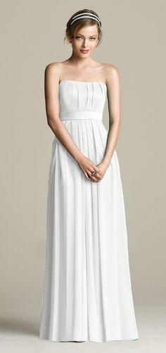 Vestidos de novia (Inspiración) // Wedding dress (Inspiration) Algo en líneas muy limpias? Pues este es tu vestido de novia  #vestidodenovia #savethedate #novia