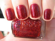 15 Best And Stylish Nails Art Designs For Young Girls From The Collection Of 2014 Christmas Nail Polish, Cute Nail Polish, Christmas Nail Art Designs, Nail Polish Designs, Holiday Nails, Glitter Manicure, Glitter Nail Polish, Bling Nails, Red Glitter
