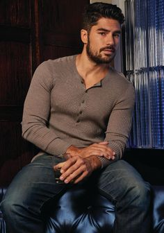 DJ Cotrona stars in From Dusk Till Dawn: The Series. He also has a great face for playing Jace's evil half-brother, Aldair.