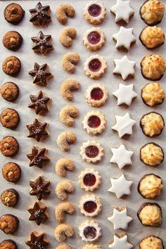 Christmas cookies - simple recipes for a quick and delicious result - Hair Beauty - Food and Drink - Christmas - DIY and Crafts - Home Decor Easy Vanilla Cake Recipe, Easy Cake Recipes, Baking Recipes, Cookie Recipes, Simple Recipes, Best Christmas Cookies, Xmas Cookies, Christmas Christmas, Christmas Recipes