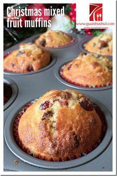 Christmas Muffins or Light Fruit Cake (圣诞马芬) - Guai Shu Shu Muffin Recipes, Baking Recipes, Cake Recipes, Xmas Food, Christmas Cooking, Food Cakes, Cupcake Cakes, Cupcakes, Fruit Cakes