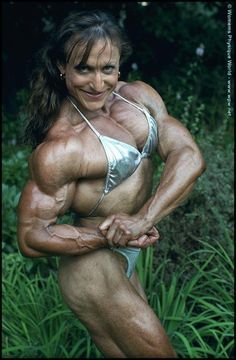 Christine Envall  IFBB Pro female bodybuilder