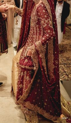 Asian Bridal Dresses, Asian Wedding Dress, Indian Bridal Outfits, Indian Bridal Fashion, Wedding Dresses For Girls, Pakistani Wedding Dresses, Pakistani Dress Design, Indian Designer Outfits, Pakistani Bridal Couture