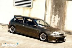 #honda #civic #eg #slammed #stance  Civic EG hatch with JDM DC2 Integra front end.