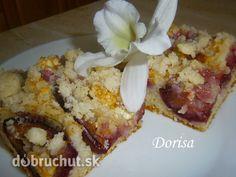 Fotorecept: Slivkový lyžicový koláč