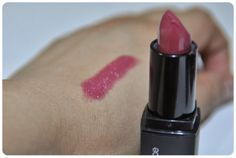 E.L.F's mineral lipstick in Rich Raspberry | The Desi Dossier