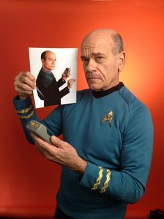 """""""Please state the nature of the medical emergency."""" Robert Picardo trades in his Voyager jumpsuit for a classic TOS tunic and trousers. Trivia: If we accept a line of dialog heard in Star Trek: The. Star Trek Meme, Star Trek Tv, Star Wars, Star Trek Voyager, Star Trek Original Series, Star Trek Series, Robert Picardo, Perry Rhodan, Star Trek Cosplay"""