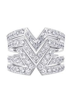 The V, no less, features prominently in the fifth haute couture jewelry collection from Louis Vuitton on show at their Place Vendome location on Thursday. Set designs from the Art Deco period, i. Gemstone Jewelry, Diamond Jewelry, Silver Jewelry, High Jewelry, Jewelry Rings, Jewellery, Jewelry Box, Louis Vuitton Jewelry, Glamour