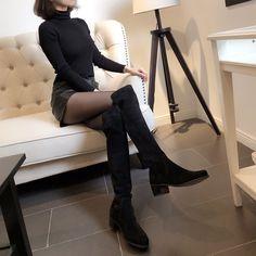 Cizme asimetrice din piele naturala elastica. Toc comod de 4.5 cm. Knee Boots, Shoes, Fashion, Caviar, Moda, Zapatos, Shoes Outlet, Fashion Styles, Knee Boot