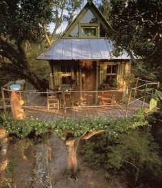 One feature I noticed about this treehouse is they tried conserving more of the tree vs other tree houses. I appreciate the authenticity!