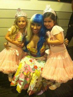 Nivki Minaj , Sophia Grace & Rosie